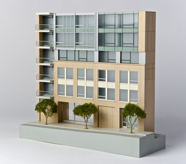 MR008_howard_street_facade
